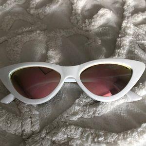 White Cat Eye Sunnies